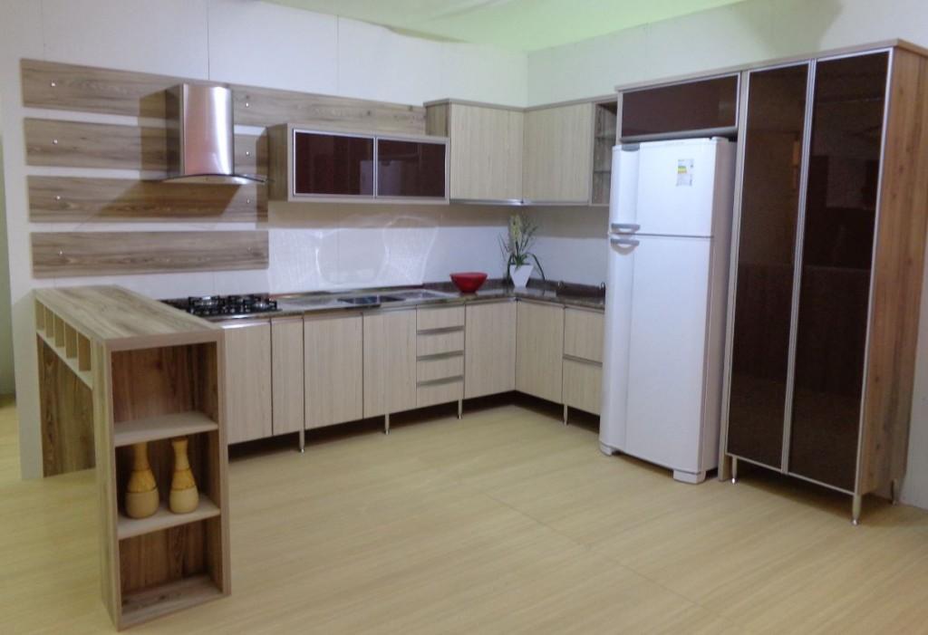 Projeto-74-Cozinha-cabernet-com-cipres-Baikal