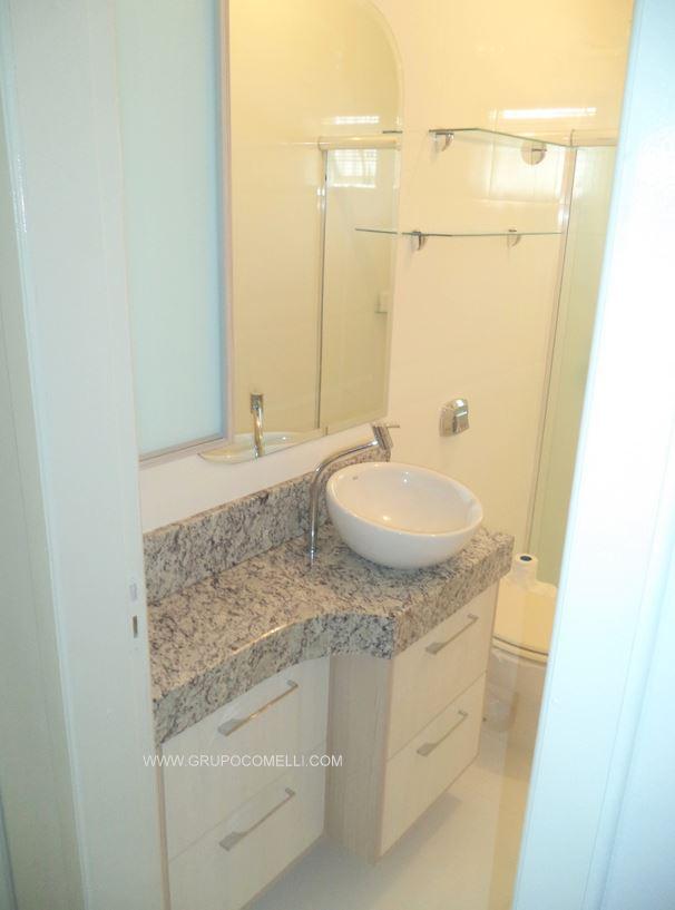 276 - Banheiro granito Arabesco