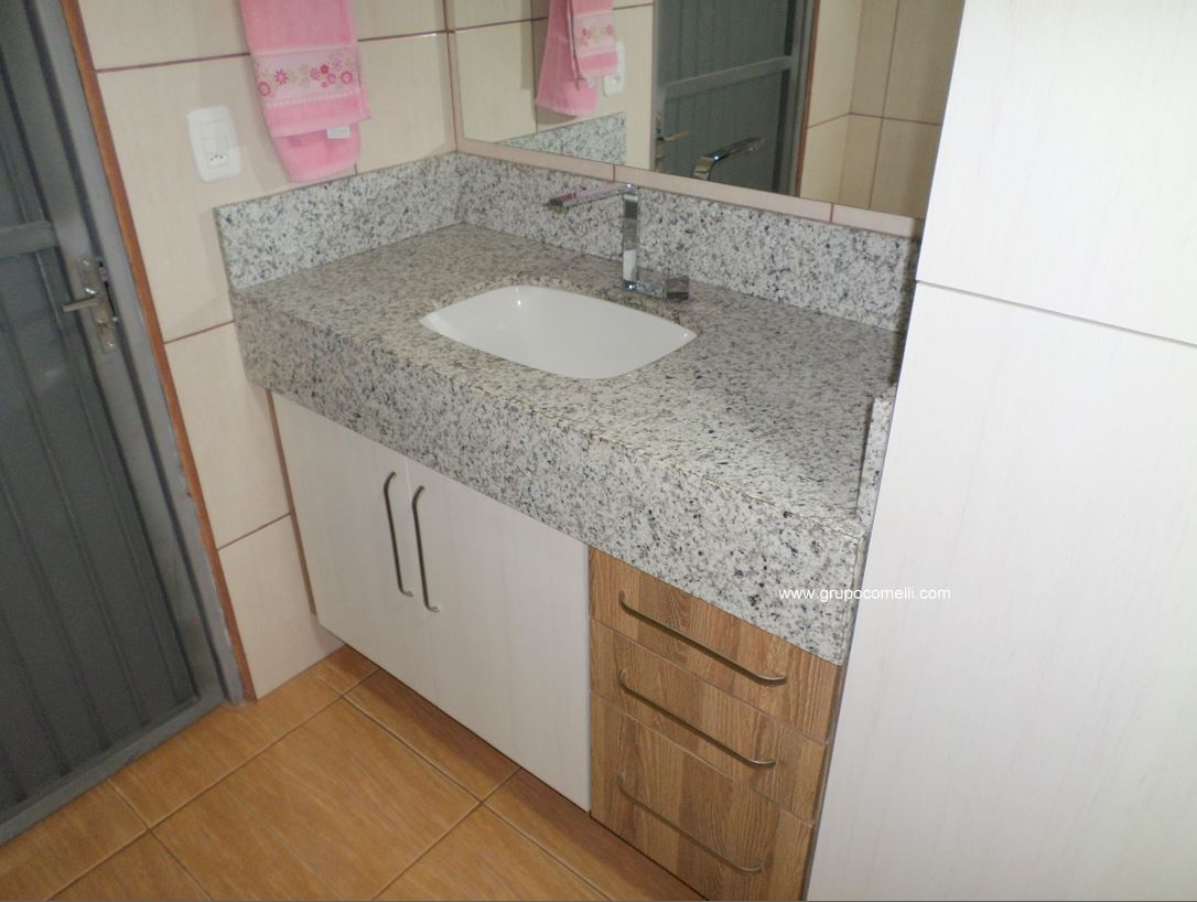 369-banheiro-granito-branco-paris